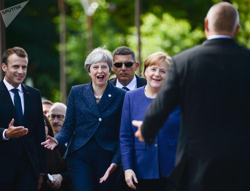 法國總統埃馬紐埃爾·馬克龍、英國首相特蕾莎·梅、德國總理默克爾在索非亞峰會之前。