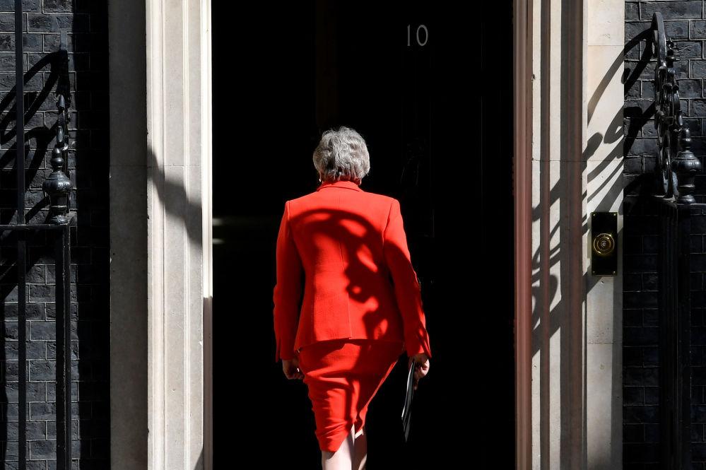 英国首相特蕾莎·梅在英国伦敦宣布辞职后。