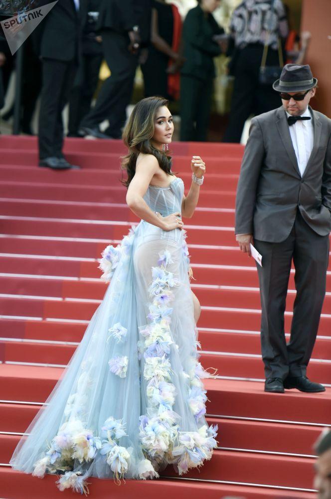 第72届戛纳国家电影节电影《悲惨世界》首映式红毯上的演员阿拉亚·爱尔柏塔·亥盖特