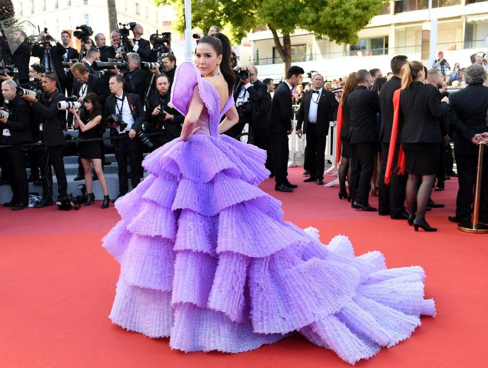 第72届戛纳国际电影节电影《火箭人》首映式红毯上的模特施莉达·詹森