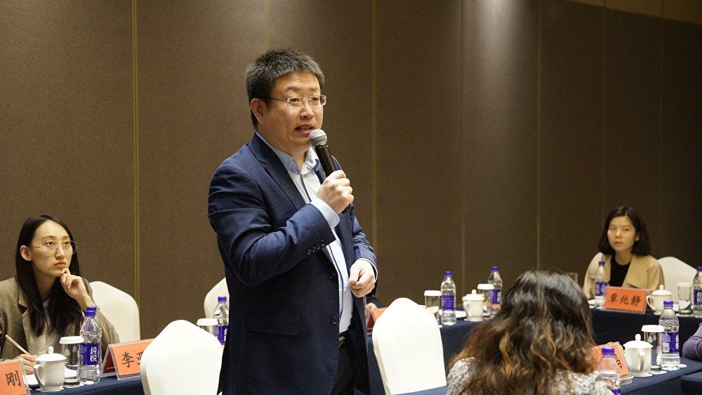 中俄人文合作發展中心創始人尹斌在中國老區貧困兒童赴俄羅斯留學項目座談會致辭
