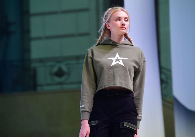Black Star Wear和「俄羅斯軍隊」兩大服裝品牌推出合作款