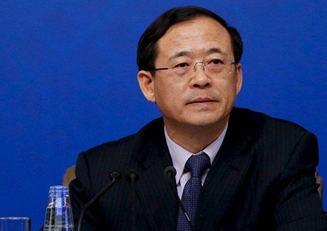 劉士余主動投案 - 中國反腐運動進入新階段