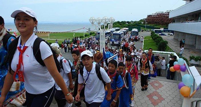 又一批中国学生来到'海洋'疗养院