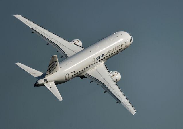 蘇霍伊超級噴氣-100型客機