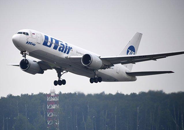 乌塔航空一架飞机预计在莫斯科伏努科沃机场紧急降落