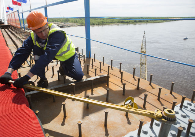 俄總統顧問:俄中跨境大橋將破除物流瓶頸
