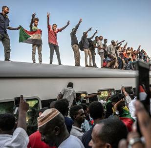 蘇丹6月30日抗議活動中7人死亡181人受傷