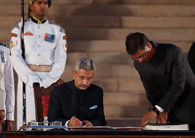 印度外交部由中国通苏杰生领导