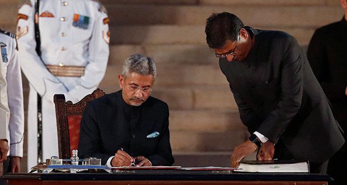 印度外交部由中國通蘇傑生領導