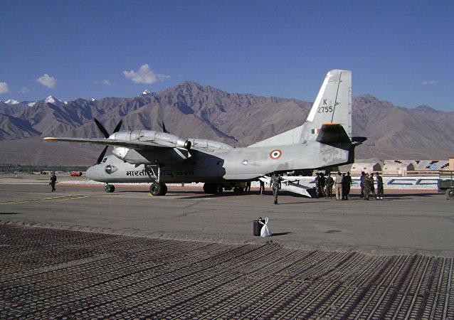 印度空軍發現安-32失聯運輸機殘骸