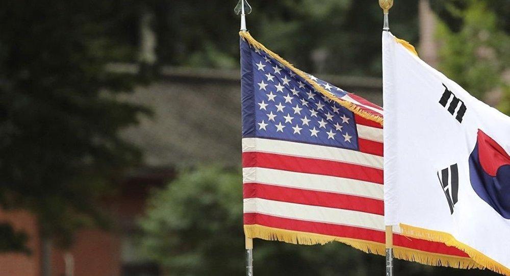 美国和韩国的旗帜