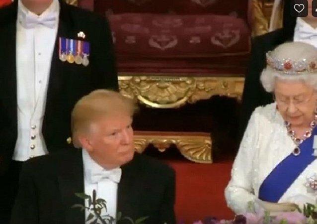 特朗普在伊麗莎白二世演講時睡著了