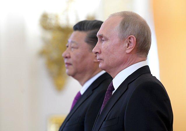 俄罗斯总统普京表示,俄中将在和平解决朝鲜半岛问题上继续合作