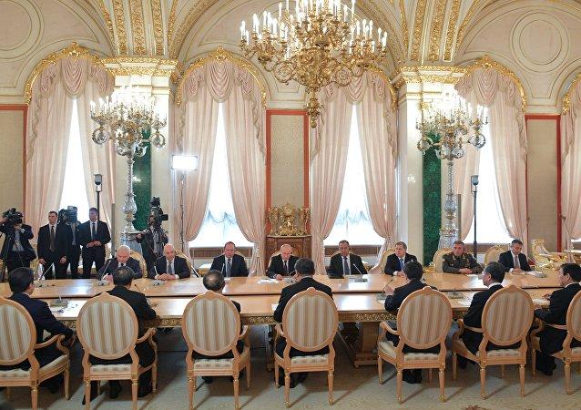 俄罗斯国家原子能集团公司签署两个中国核电站机组建设合同