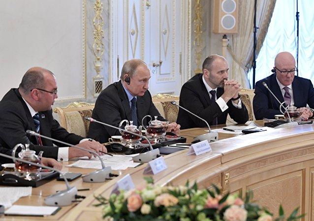 普京:他和安倍都希望簽署和平協議
