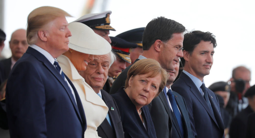 """冰冷的诺曼底会议:特朗普无视默克尔 默克尔活像""""女学生"""""""