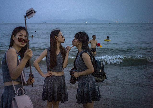 中國遊客在以色列隨處可見