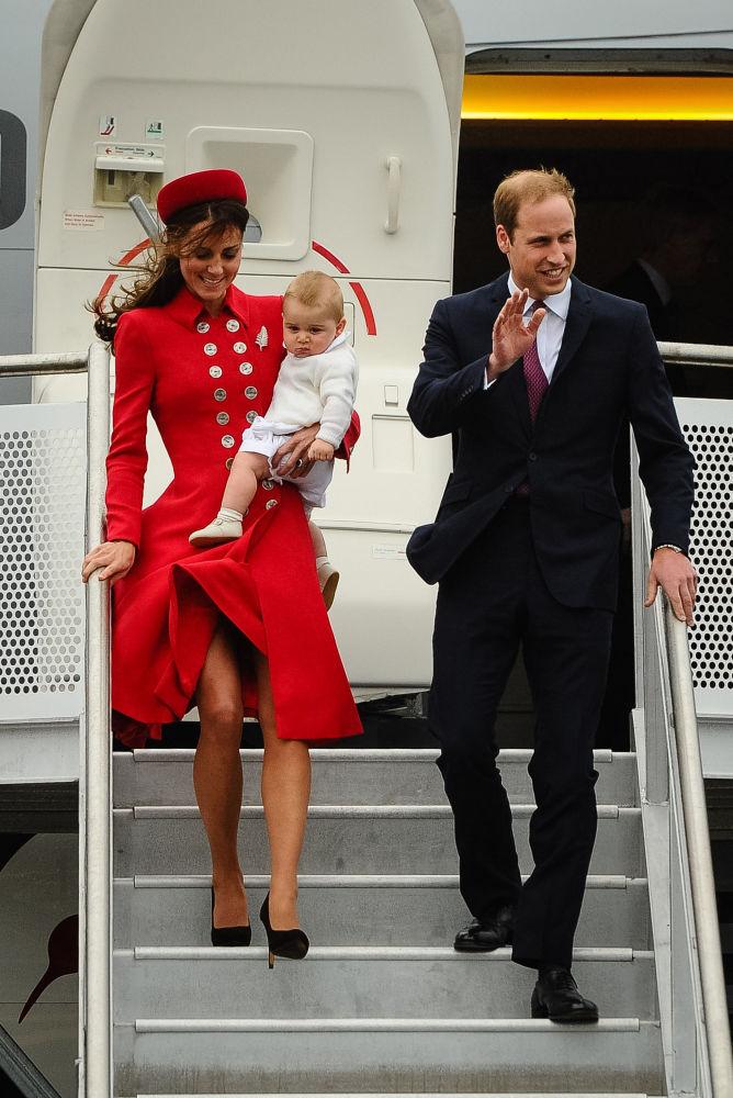 威廉王子和妻兒在新西蘭威靈頓國際機場。
