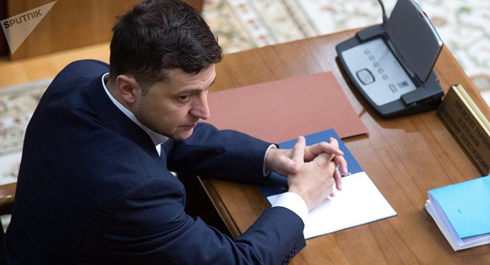 烏總統將清理自己前任及其團隊的法案遞交烏議會