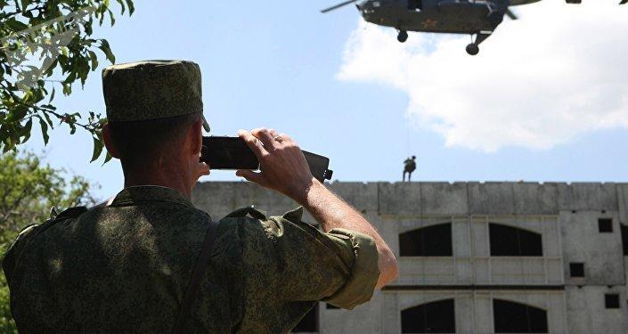 俄羅斯為國家部門打造國產操作系統智能手機