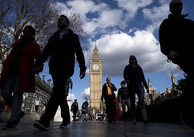 俄驻英使馆提醒本国居民伦敦街头暴力事件激增