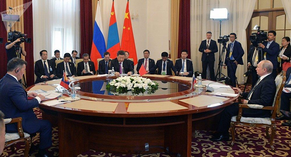 普京:俄羅斯願意向中國和蒙古國能源不足地區保障不間斷供電