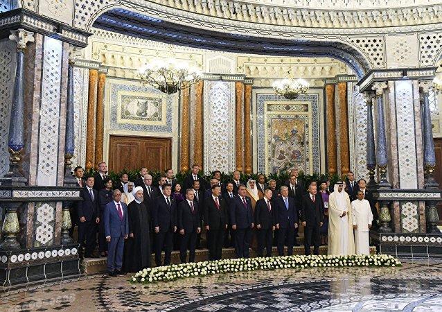 亞信領導人簽署總結宣言