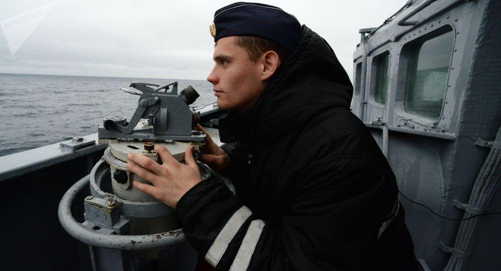 俄太平洋艦隊為迎颱風「羅莎」啓動風暴戒備機制