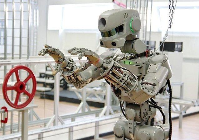 「費多爾」機器人