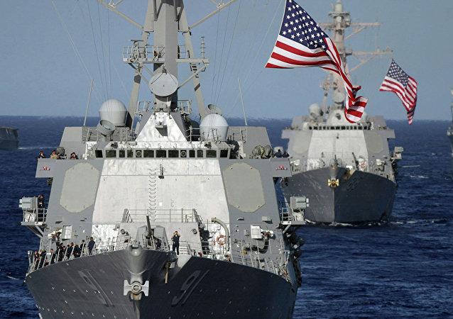 外媒:美国政治学家:在南海部署舰船是在挑衅中国