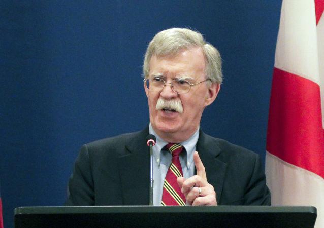 博尔顿:特朗普希望中国加入延长《新削减战略武器条约》有效期的讨论