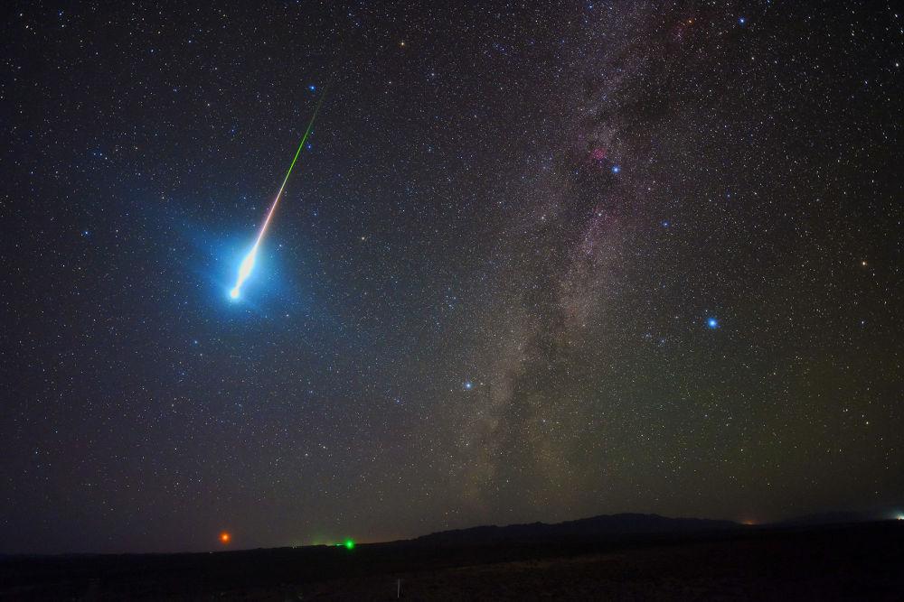 中国摄影师Tang Zhengye 的作品The Perseid Fireball
