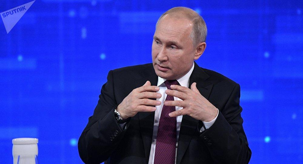 與俄總統普京的「直播連線「
