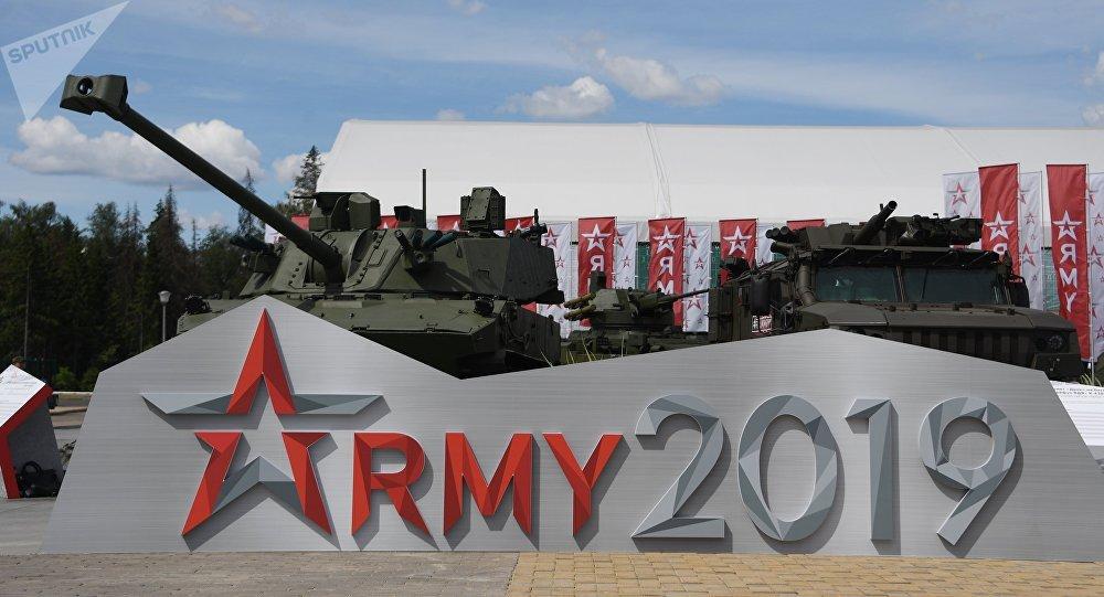 """中国20家企业参加第五届""""军队-2019""""国际军事技术论坛"""