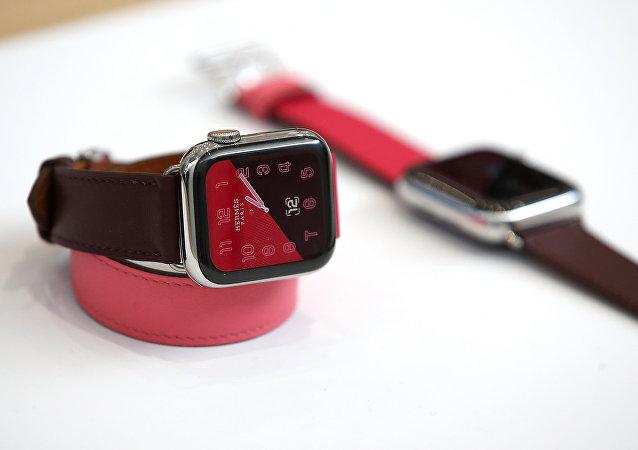 苹果智能手表挽救87岁老人性命