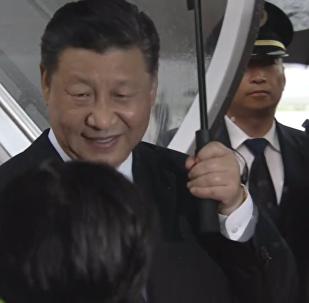 习近平抵达G20峰会举办地大阪