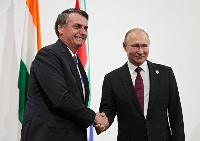 克宫:普京首次在金砖峰会上与巴西总统会面并交流