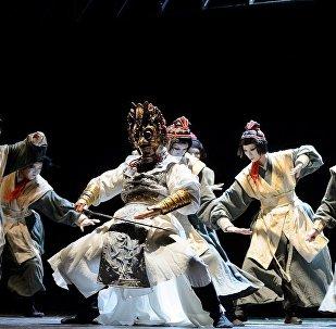 两个面具与一个灵魂:莫斯科成功上演《兰陵王》