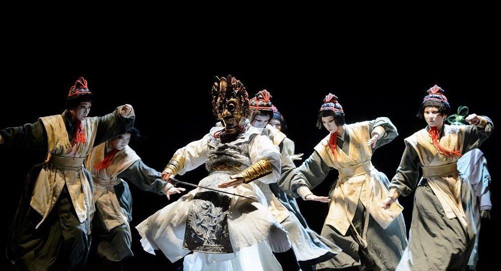 兩個面具與一個靈魂:莫斯科成功上演《蘭陵王》