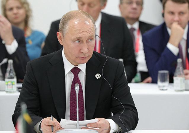 英国记者分享采访普京的印象