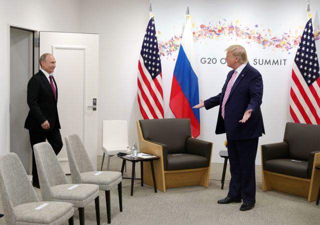 俄外长:俄美元首有意开展对话