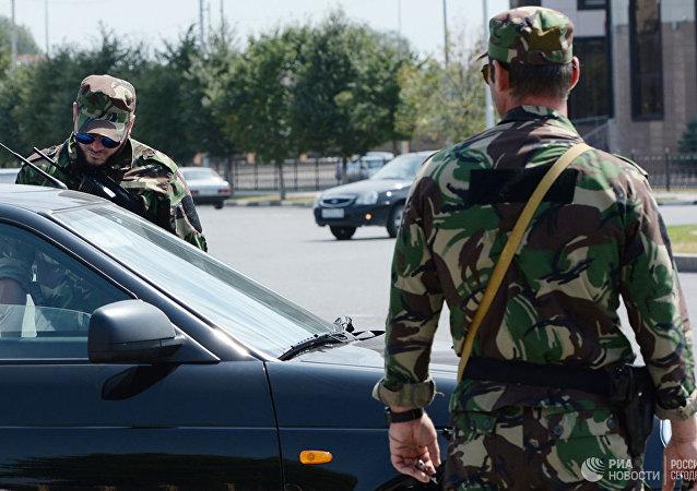 俄车臣境内一名持刀袭警的犯罪分子被消灭
