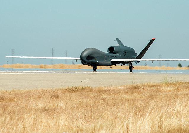 美国无人机在俄西部边境侦察飞行