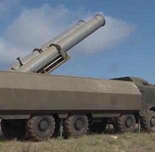 """俄""""舞会""""和""""堡垒""""反舰导弹系统班组克里米亚沿岸演练"""