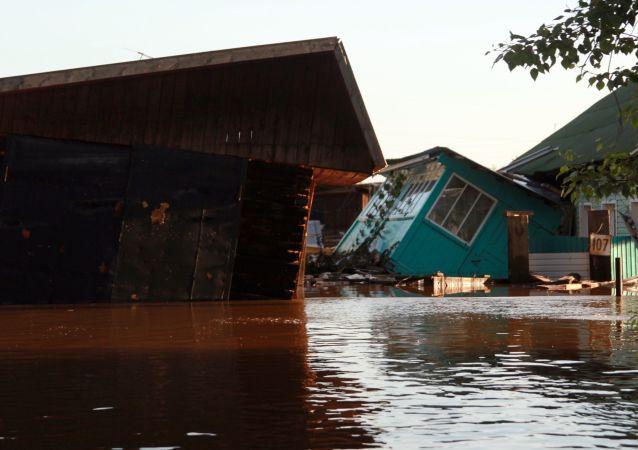 普京指示将伊尔库茨克州洪灾定性为联邦级别紧急情况