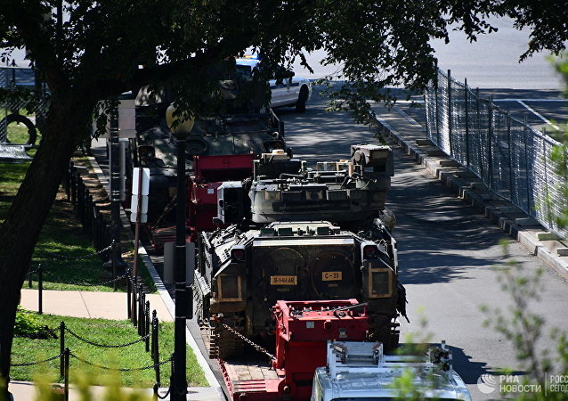 五角大楼解释了在华盛顿出现生锈装甲车的原因