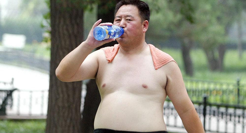 中国东部整治赤膊光膀
