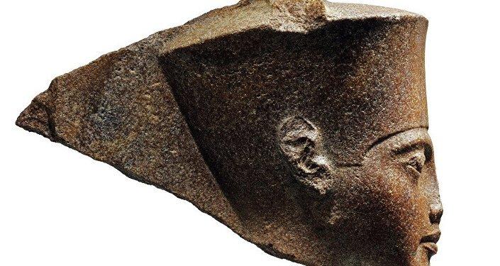 圖坦卡蒙半身像在英國拍出近600萬美元