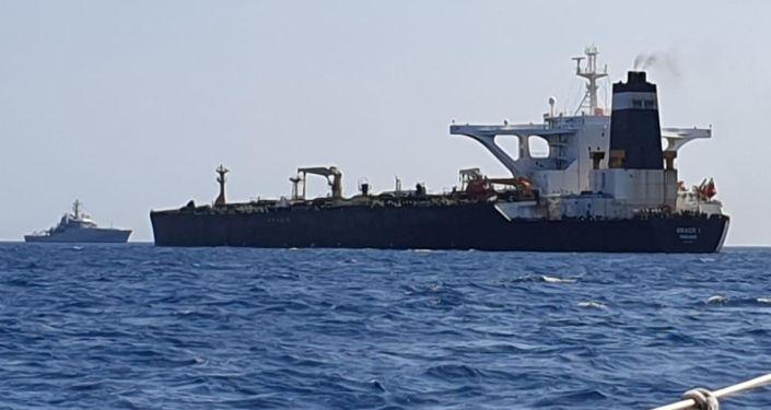 直布罗陀政府称被扣伊朗油轮运送210万桶原油